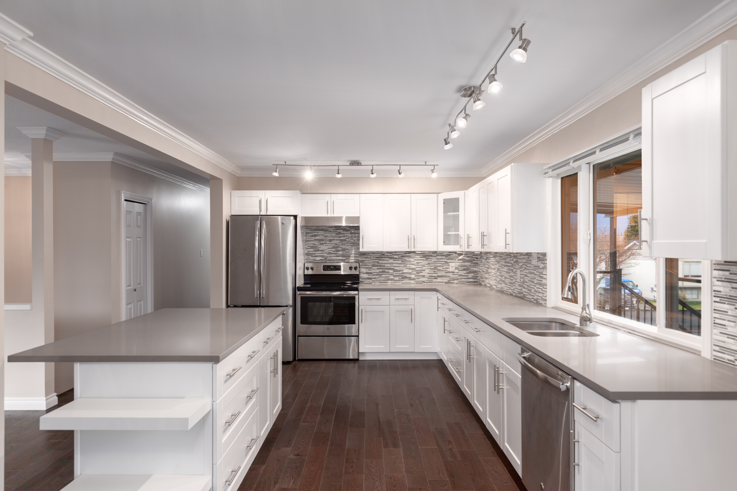 Photo of renovated kitchen